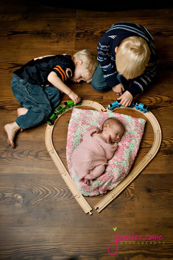 Love this shot. So sweet! @Jess Van Allen (you should totally do this with your boys if you have a girl next!)