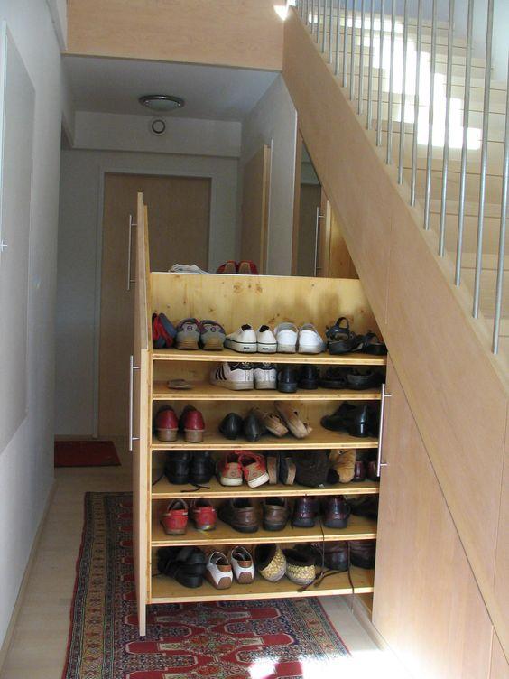 schuhschrank unter der treppe stauraum pinterest. Black Bedroom Furniture Sets. Home Design Ideas