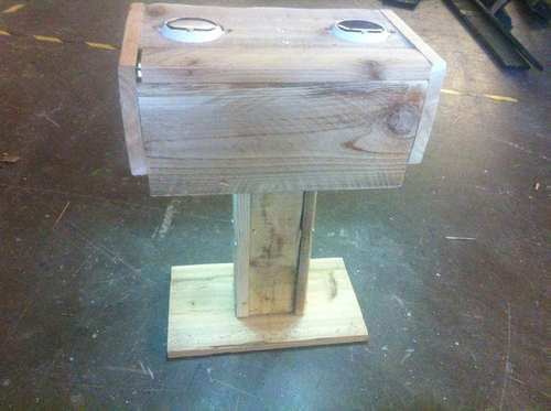 Solar Powered Garden Lamp Sri Lanka: Solar Powered Outdoor Table Lamp Made From Pallets