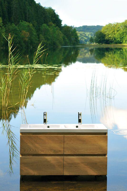 La Nature Inspire Sanijura Au Quotidien Ce Meuble Lignum Depose Delicatement Sur Un Lac Du Jura Est En Che Bois Massif Meuble Salle De Bain Salle De Bain Bois