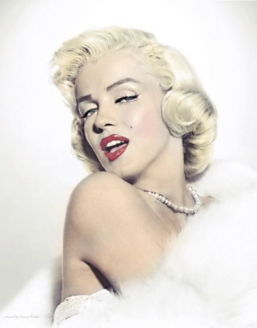 Pin By Pedro Matser On Marilyn Monroe With Images Marilyn