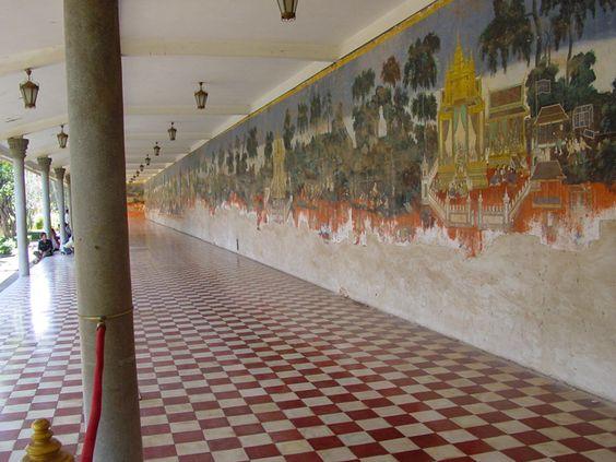 Tranh tường sử thi Ramayana (Reamker)