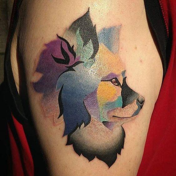 tatuajes de color sobre perros