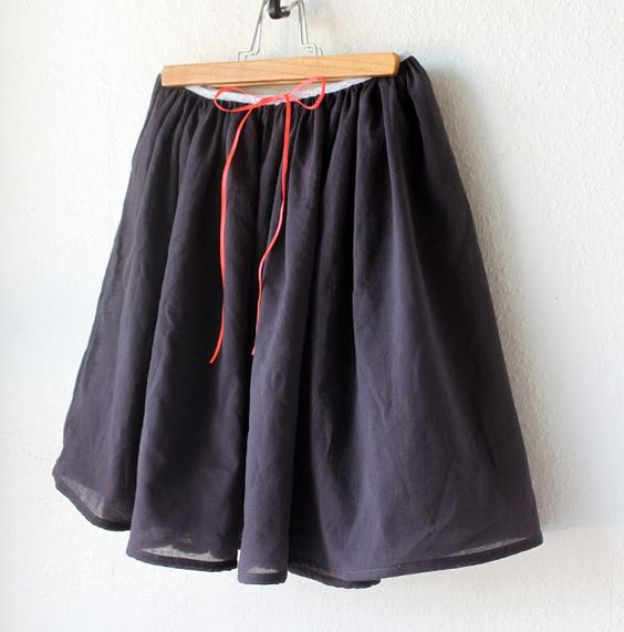 Groovybaby....and mama: Simple Voile Skirt DIY