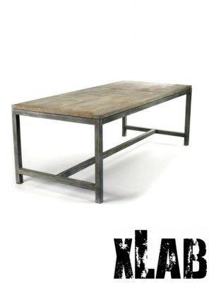 Tavolo in ferro e legno stile industrial design xlab for Tavolo industrial style