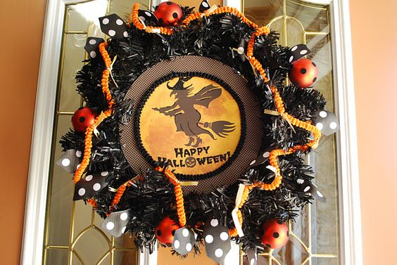 Cute wreath - from Home Goods!: Home Goods, Homes, Wreaths, Halloween