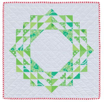 Hyacinth Quilt Designs: Christmas Wreath mini quilt