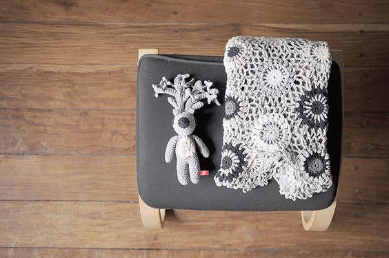 Leonor blanket in shades of gray and Gabriel deer by Miga de Pan