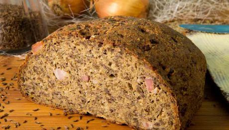 Speck-Zwiebel-Brot - Low Carb
