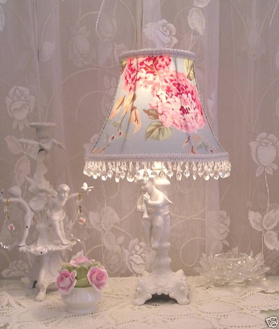 Rachel #Ashwell popular #fabric used for this #lamp shade