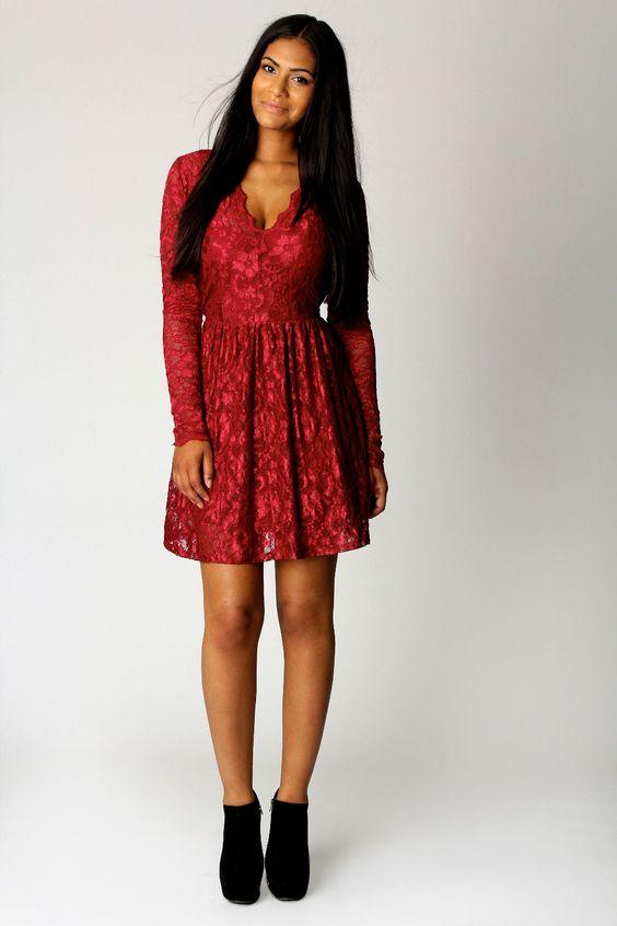 Sophie Scallop Edge V Neck Lace Dress