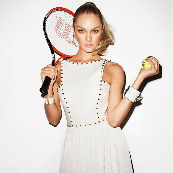 Catwalkin': Top 20 - Os melhores little white dress  http://goo.gl/a9PWxu
