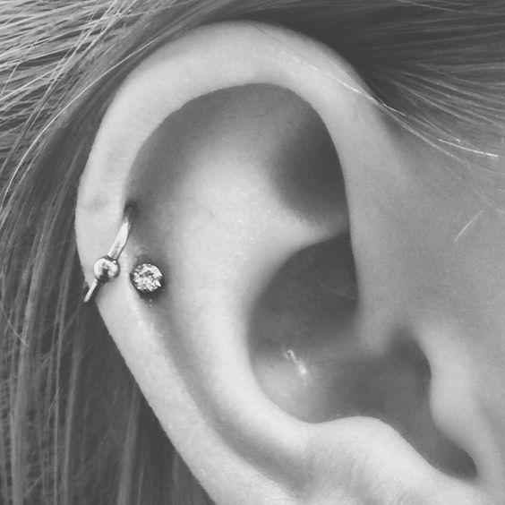 Double helix, double cartilage piercing, hoop and stud