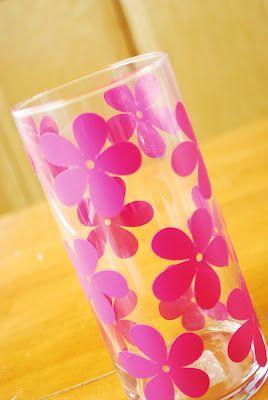 DIY vinyl flower vase... So cute