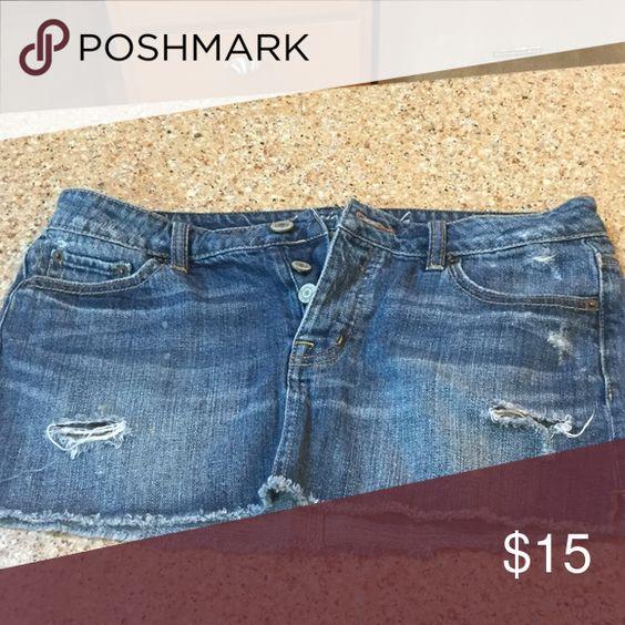 American Eagle Jean skirt Cute Jean mini skirt from American Eagle, size 4 American Eagle Outfitters Skirts Mini