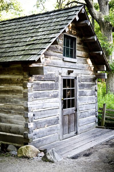 Pinterest the world s catalog of ideas for Hand hewn log cabin