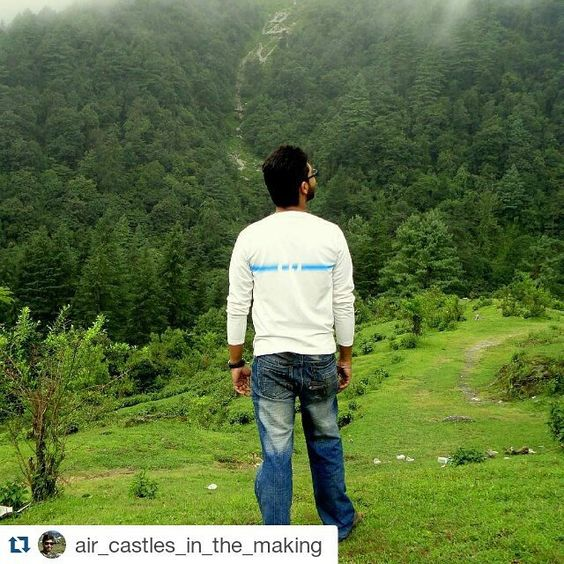 #Repost @air_castles_in_the_making with @repostapp To get featured tag your post with #Talestreet | mountains are calling are you listening ? |  #mountainlove #hiker #travelust #greenery #doonvalley #lesserhimalayas #throwback #georgeeverest #talestreet #twitter #green #meadows #travellove #travelawesome #travelling #explore #explorer #wanderlust #wanderer #wander