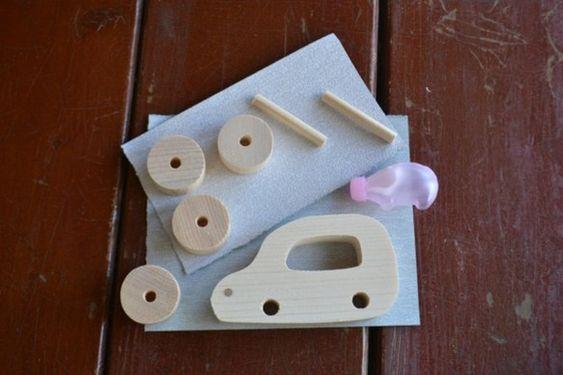 ママのクルマのデザイン風その2 木のオモチャ♪デザイン:にらさわやすおみ(埼玉支部)画像2以降は完成見本です。完成品も販売しています。木工用ボンドもセット、紙...|ハンドメイド、手作り、手仕事品の通販・販売・購入ならCreema。
