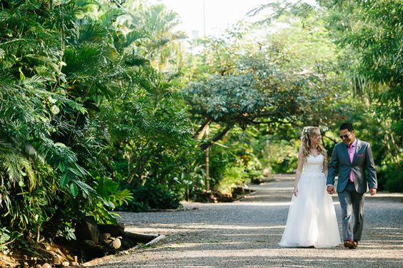 Destination Wedding at Cala Luna in Playa Langosta, Costa Rica by Photographer A Brit & A Blonde and Planner Four Winds Weddings - Full Post: http://www.brideswithoutborders.com/inspiration/beach-wedding-in-playa-langosta-by-a-brit-a-blonde-and-four-winds-weddings