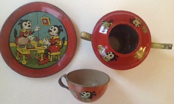 "Vintage 1940s Chein Tin Litho Toy Tea Set ""Red Krazy Kat"" 