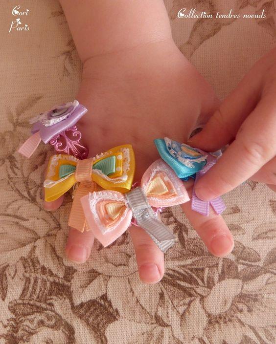 Collection Tendres Noeuds - Bagues adulte ajustables avec gros noeud en rubans assorties à des accessoires bébé CORI PARIS