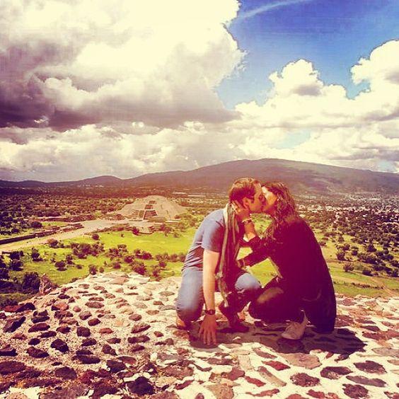 Lugar mágico!! #mochilão #mexico #teotihuacan #latinotrip #love #engaged #noivos #holiday #piramides