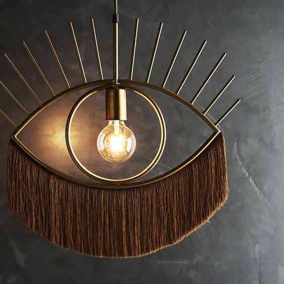 Suspension Oeil L à franges en métal doré, avec monture - Stoltz