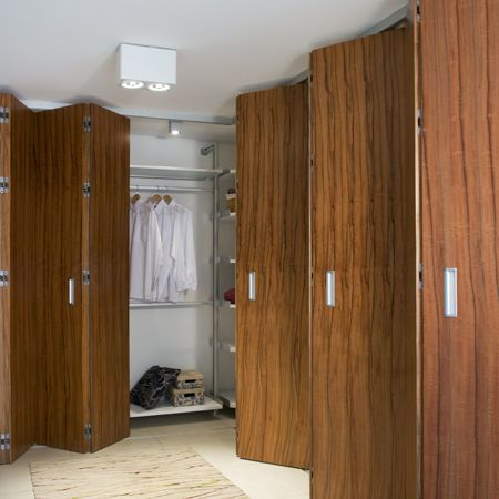 Sistema plegable colgante para puertas de madera de hasta - Puertas plegables madera ...