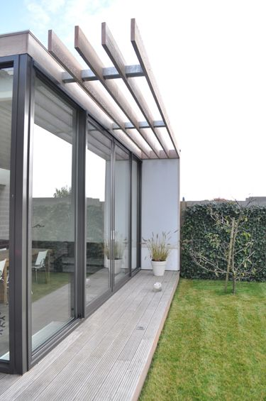 Moderne uitbreiding woning spanbroek zonwering overstek pinterest love the extensions - Uitbreiding veranda ...