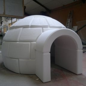 Logos letters and decoration on pinterest for Igloo decoration noel exterieur