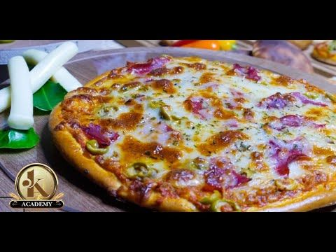 البيتزا بأشكال مختلفه طريقة عمل البيتزا في البيت طريقة عمل عجينة البيتزا Food Pizza Chef