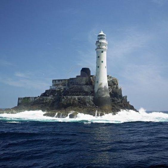 Faro, Fastnet Rock, Condado de Cork, Irlanda Foto de archivo