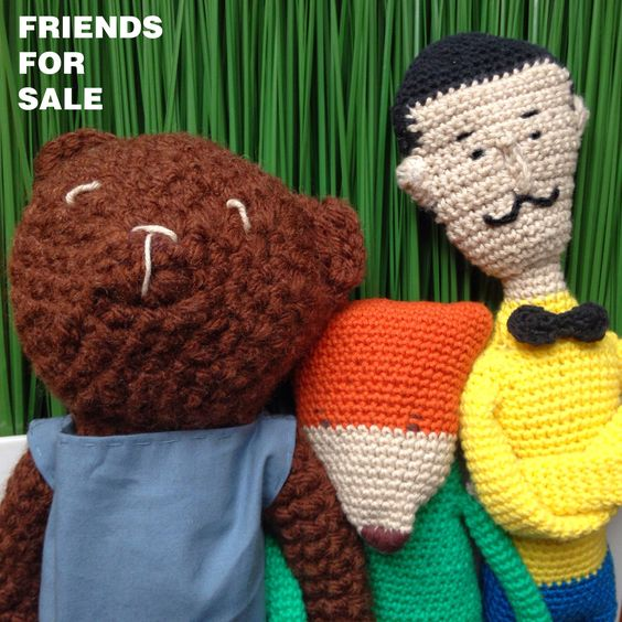 Friends for sale. Knitted toys.