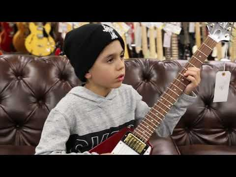 9 Year Old Jayden Tatasciore Playing A Gibson Custom Shop Historic Flying V Youtube Gibson Custom Shop Flying V Best Guitar Players