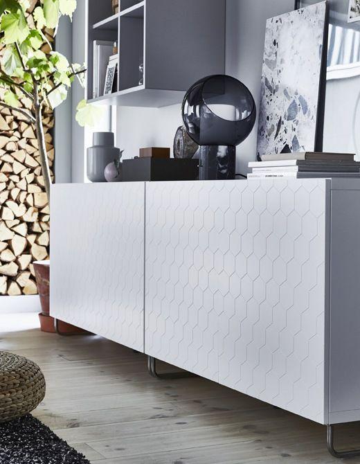 Rangement Bas Blanc Avec Porte A Motif Hexagonal Lampes De Table Ikea Table Grise