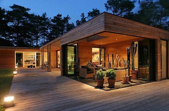 construção da sua futura casa de madeira