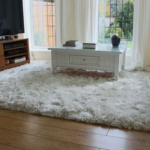 Snow White Soft Polyester Fibres With Silky Rous Sheen High Quality Gy Plush Rug Hand Woven In India Extremely Thick Pile That Is Very