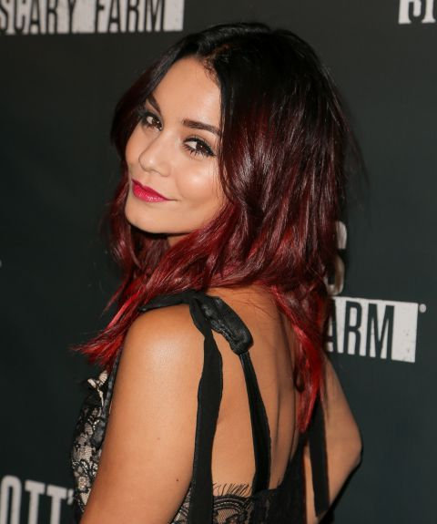 vanessa hudgens le blond ombr ou le tie and dye rouge coiffure. Black Bedroom Furniture Sets. Home Design Ideas