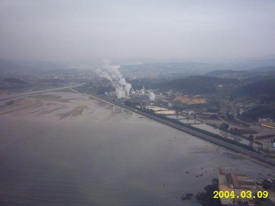 Celulosa. Ria de Pontevedra. Galicia. Spain. Que peniña!