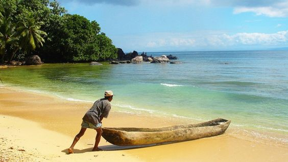 Tulear/ Madagascar. Una terra da scoprire per turismo o per la pensione, ma intanto aiutiamo gli alluvionati.