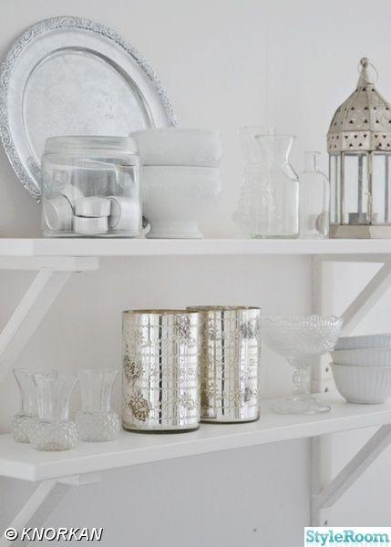 vardagsrum,vitt,lantligt,hem,inredning,loppisfynd | Interiors ...