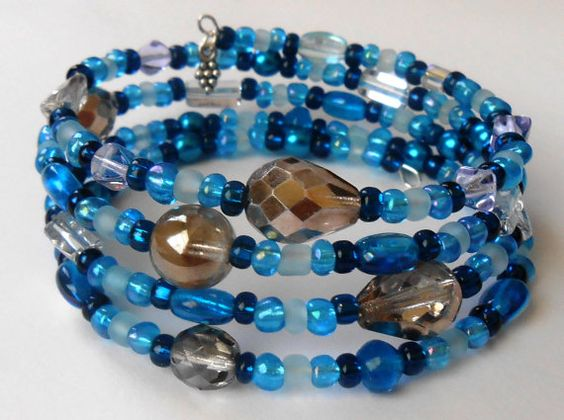 New jewelry - unique, handmade bead memory wire bracelet! Deep Blue Memory Wire Bracelet by VineDesignBeads on Etsy, $16.00