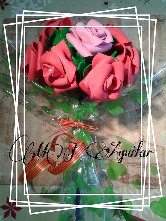 MJ Aguilar: Por fin el ultimo ramo de rosas encargado ¿Alguien...