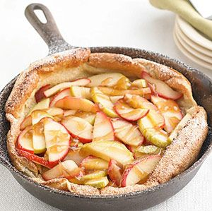 Drizzled with creamy caramel sauce, this apple-infused pancake puff is surprisingly low in calories. Just cut it into six wedges and serve