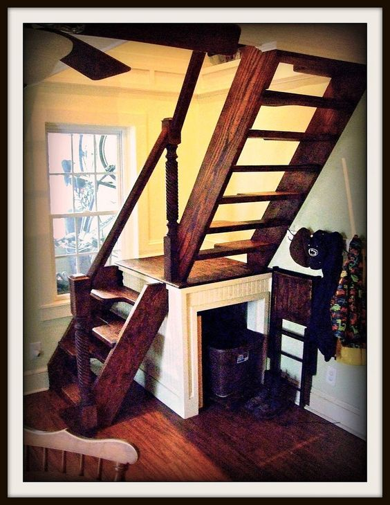 Stairs small spaces and spaces on pinterest - Stairs in a small space model ...