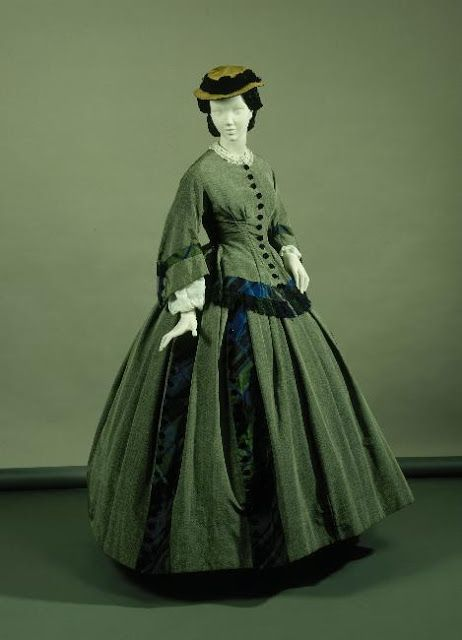 Green silk and plaid day dress, ca. early 1860s | In the Swan's Shadow: