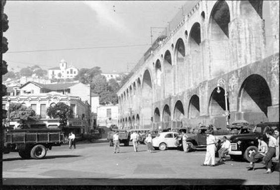 Arcos da Lapa, anos 50!    https://www.facebook.com/Guarantiga?fref=ts