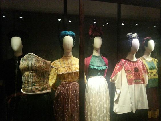 Galería de vestimenta, lo qué iso a Kahlo única