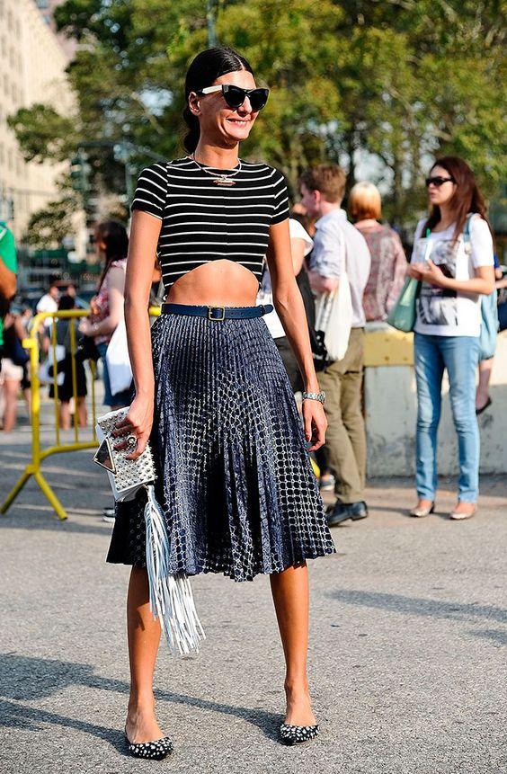 La estilista italiana empezó a trabajar como modelo a los 16, y se nota. Con un físico fibroso, Giovanna no tiene reparos en elegir crop tops o faldas más cortas. Siempre mezcla estampados o colores de tono similar, aunque siempre aporta un toque divertido.   - AR-Revista.com