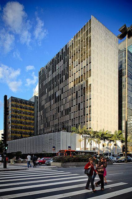 Edifício Banco SulAmericano, São Paulo, SP | por Pedro Kok